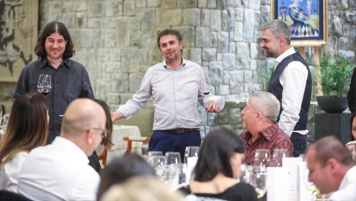 4. gourmet večer v Bernardinu: V bratskem dvoboju je teklo vino, ne kri
