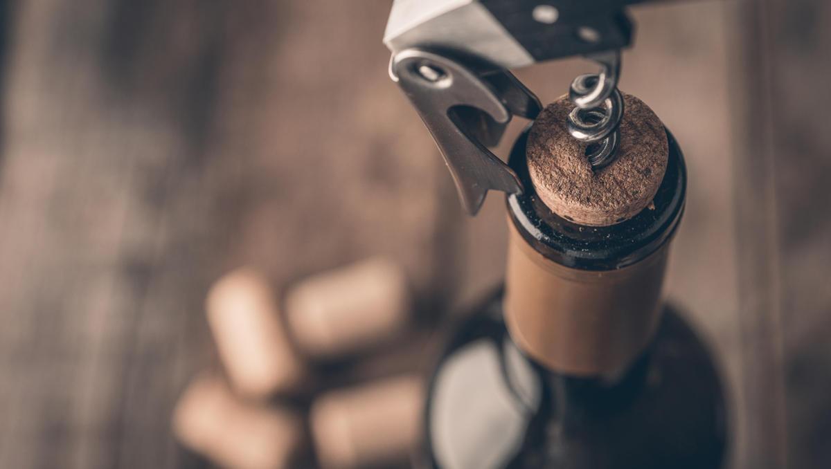 Kako ohraniti svežino odprte steklenice vina?